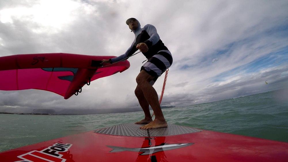 Wingfoiling @ Lowers. Maui HI