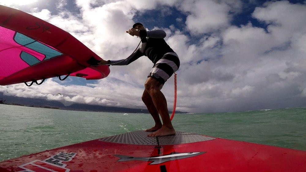Wingfoiling @ Kanaha, Maui HI